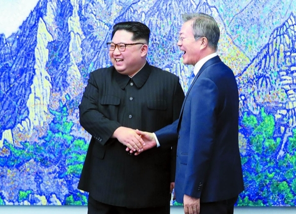 문재인 김정은 짜고친 판문점 평화 쇼에 대한 이미지 검색결과