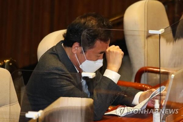 """""""윤석열 탄핵"""" 띄우는 더불어민주당 김두관계 과거 '탄핵' 지휘 ..."""